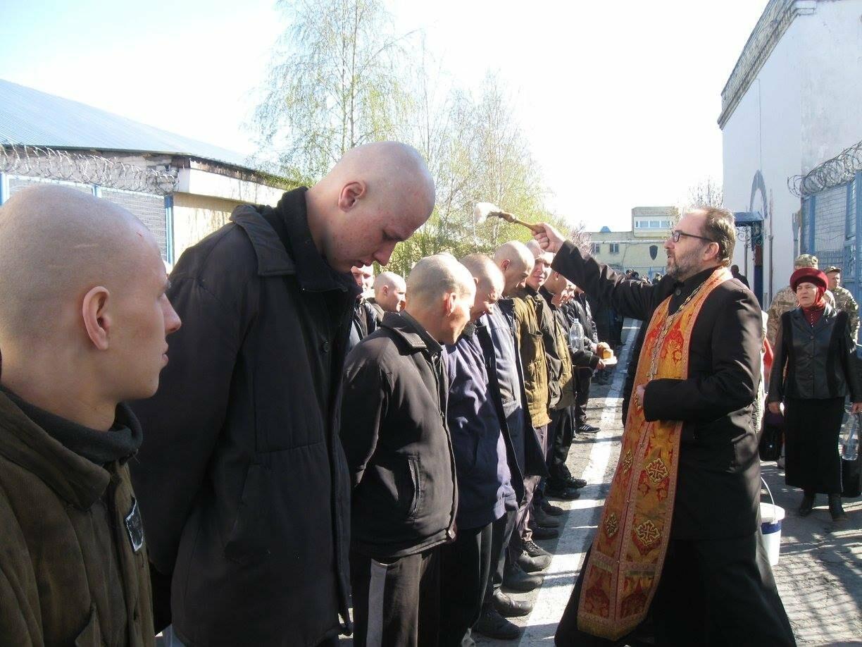 Протоиерей  Виталий Юренко: «Главное, что нужно усопшим - это наша искренняя молитва», фото-5