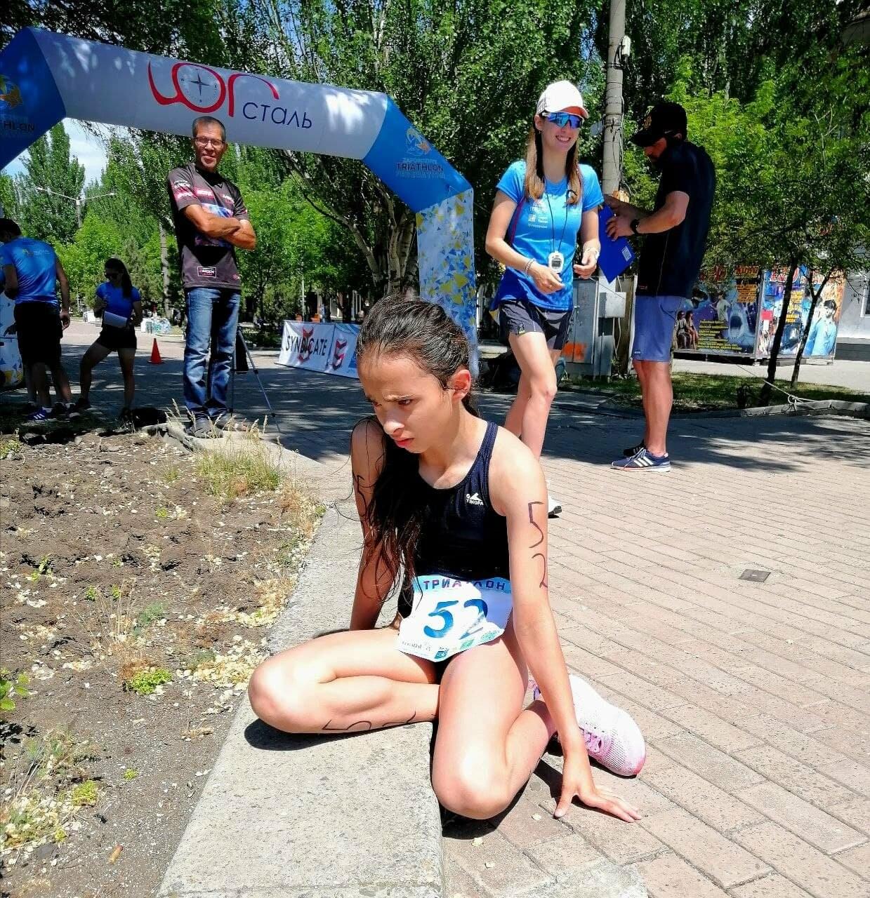 На Приморской площади Бердянска развернулись «триатлонные страсти» (ФОТО), фото-4