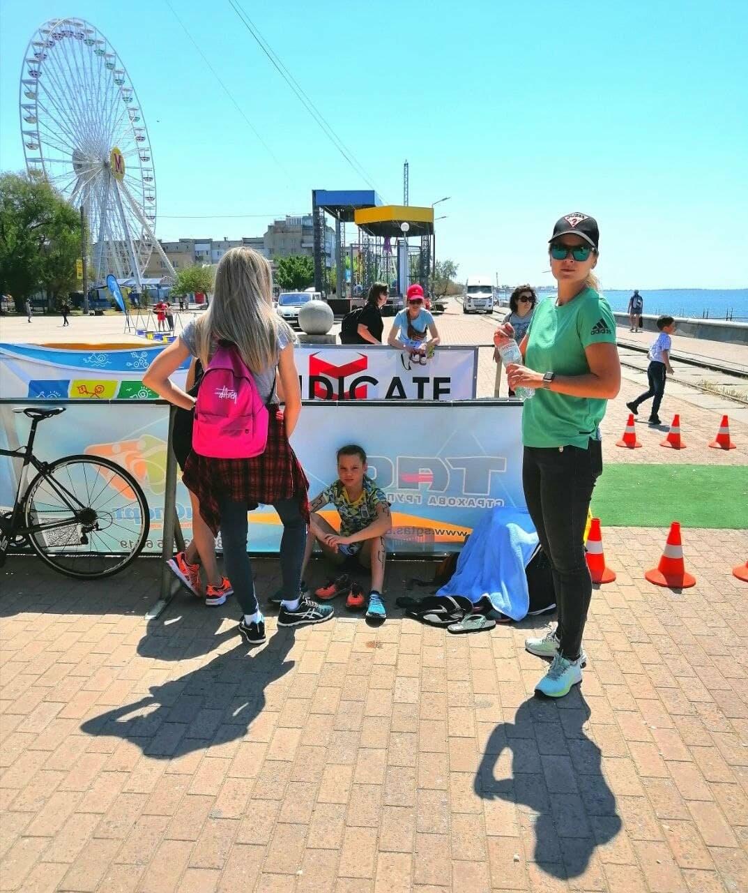 На Приморской площади Бердянска развернулись «триатлонные страсти» (ФОТО), фото-7