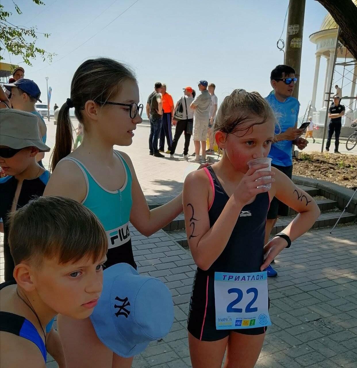 На Приморской площади Бердянска развернулись «триатлонные страсти» (ФОТО), фото-6