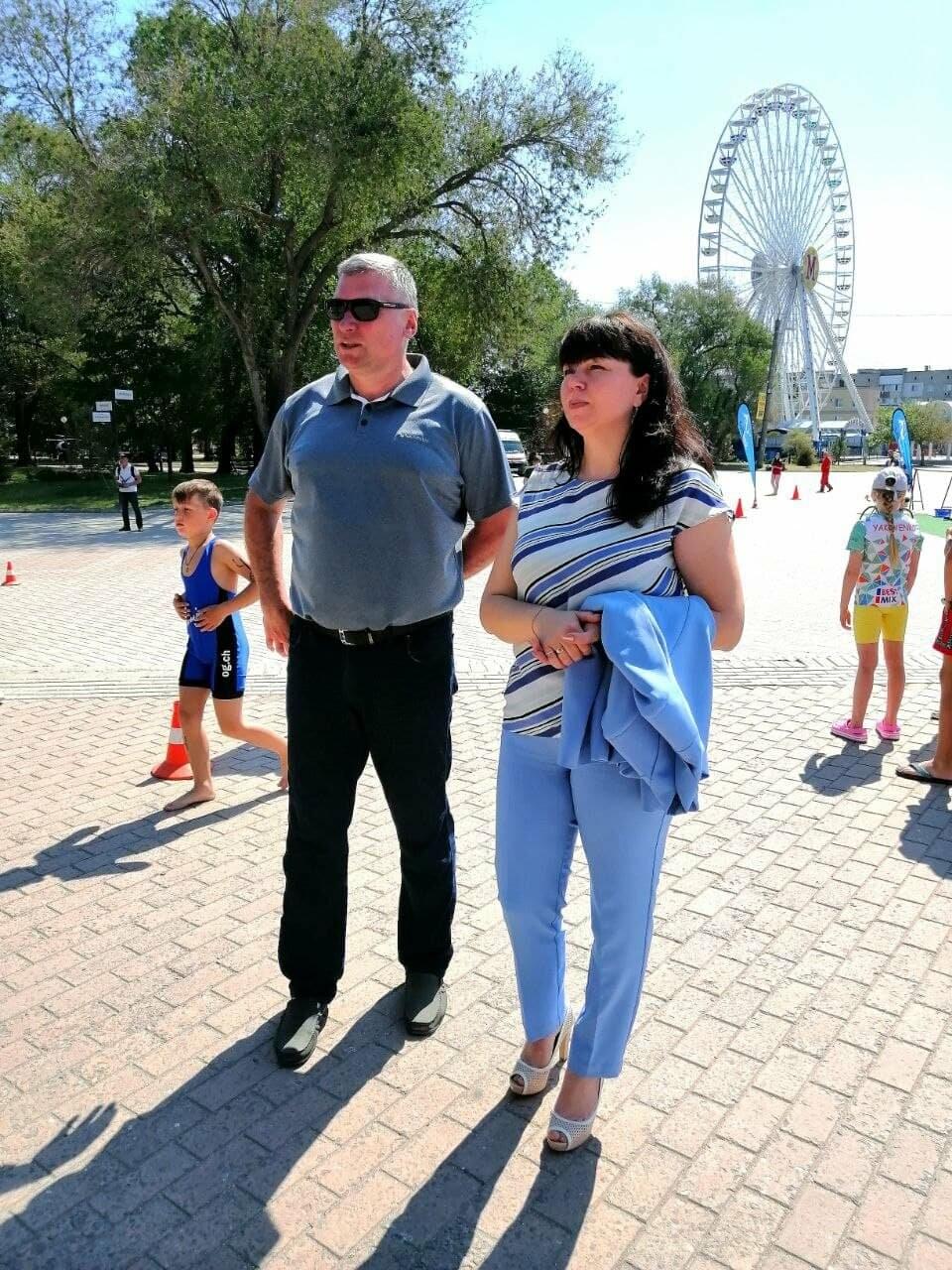 На Приморской площади Бердянска развернулись «триатлонные страсти» (ФОТО), фото-23