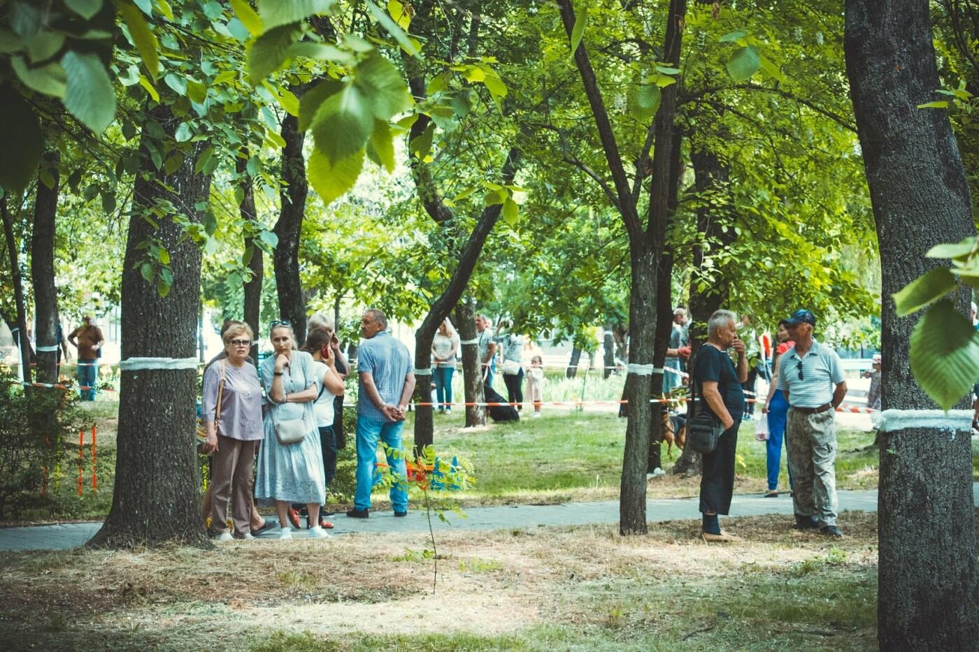 В Бердянске прошла выставка всепородных собак (ФОТО), фото-8