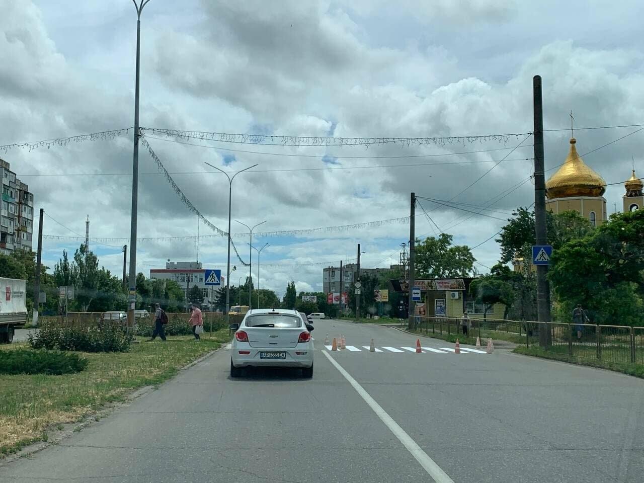 В Бердянске обновляют дорожную разметку, фото-4