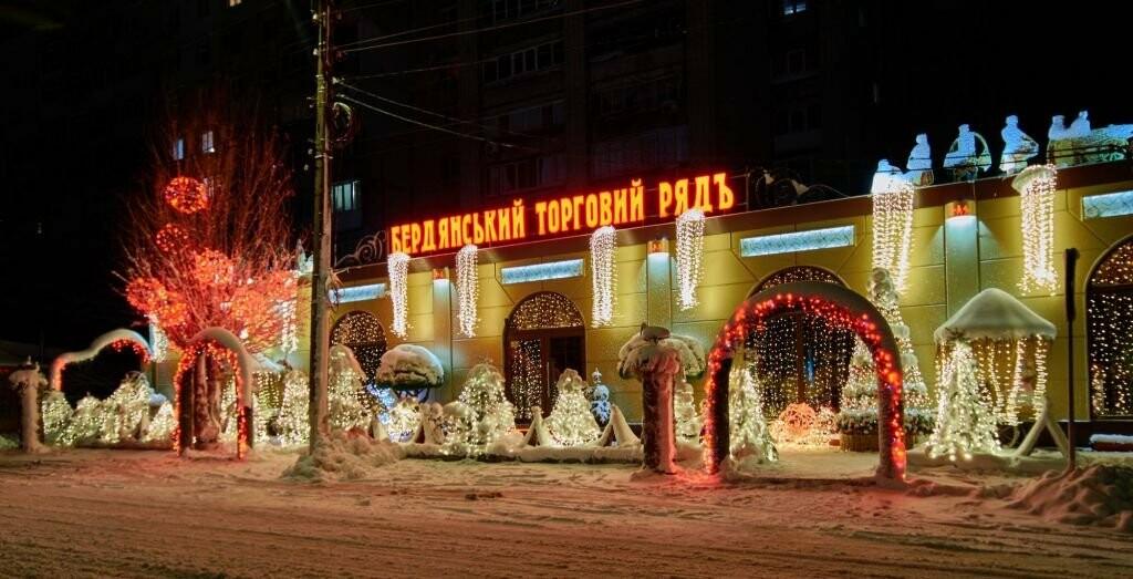 Горячие вакансии: компании PAVLOV.UA требуются монтажники и макетчики, фото-3