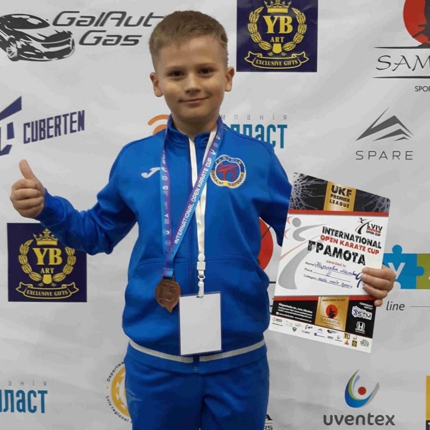Бердянские каратисты привезли победы с Международных соревнований, фото-2