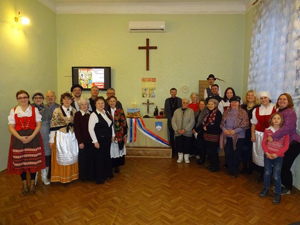 Как отмечают рождественские праздники различные национально-культурные общества Бердянска, фото-1