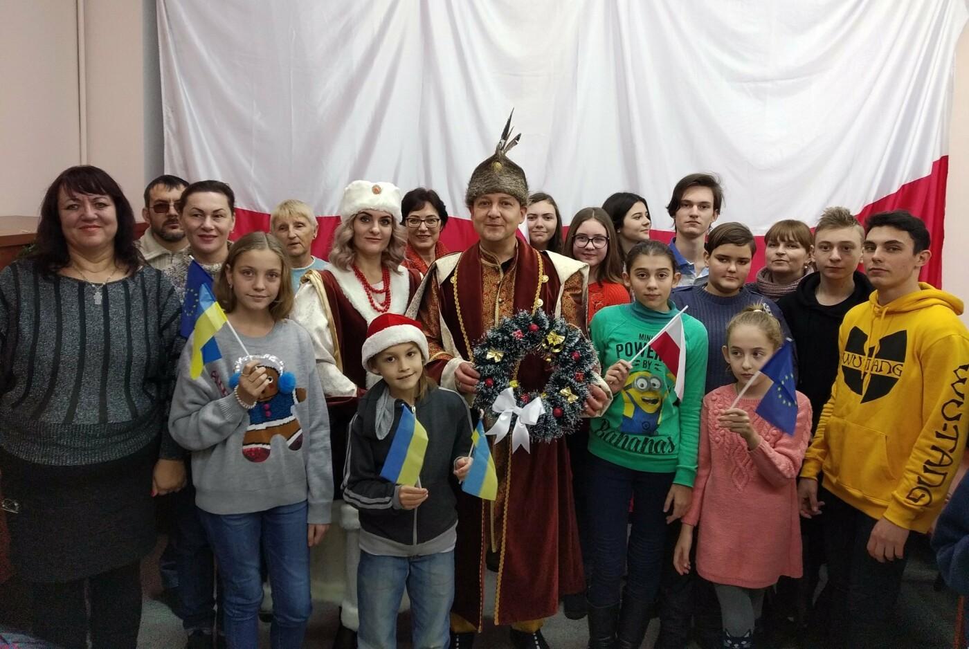 Как отмечают рождественские праздники различные национально-культурные общества Бердянска, фото-7