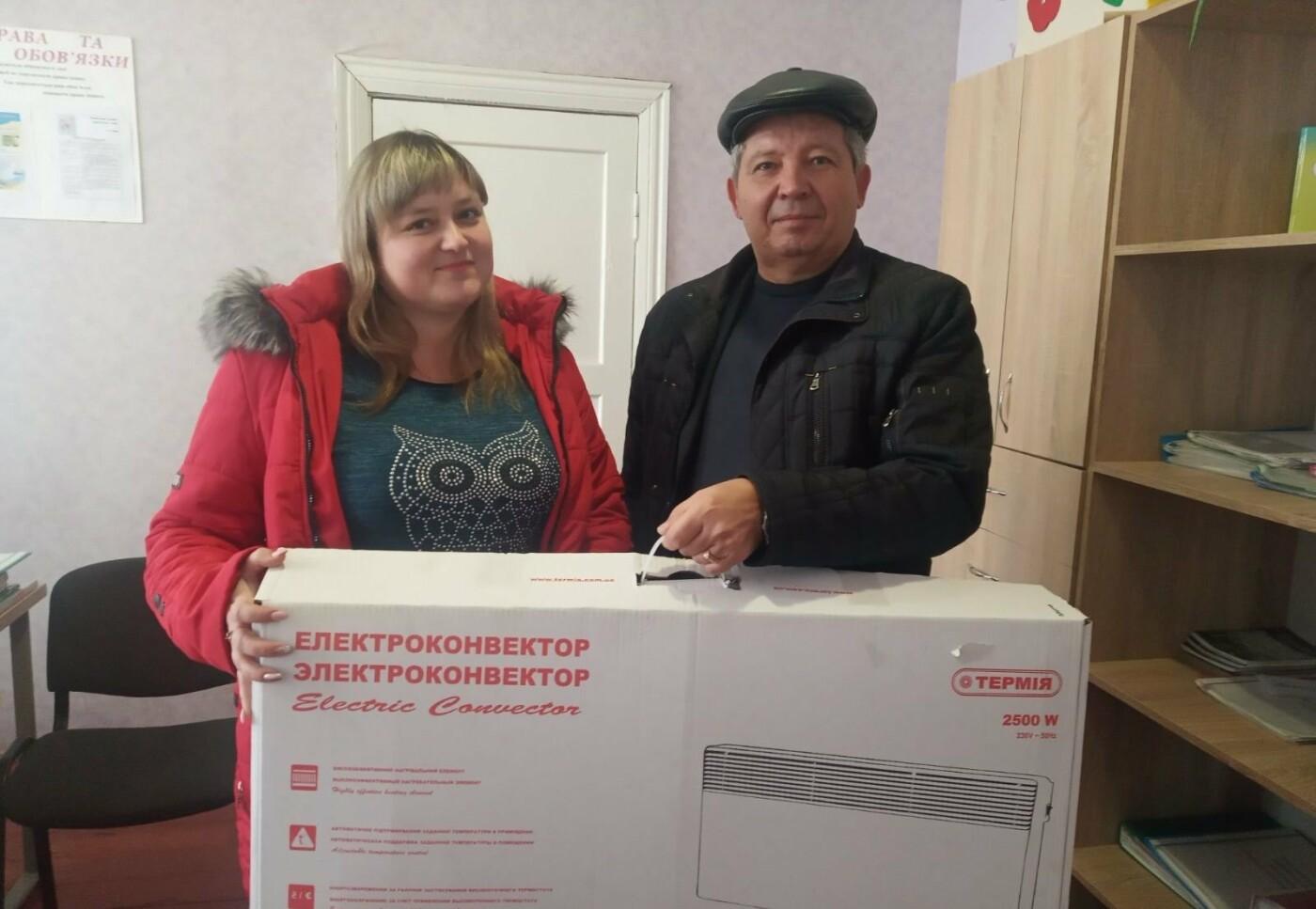 Двум важным объектам в Розовском районе передали конвертеры благодаря Александру Пономареву, фото-1