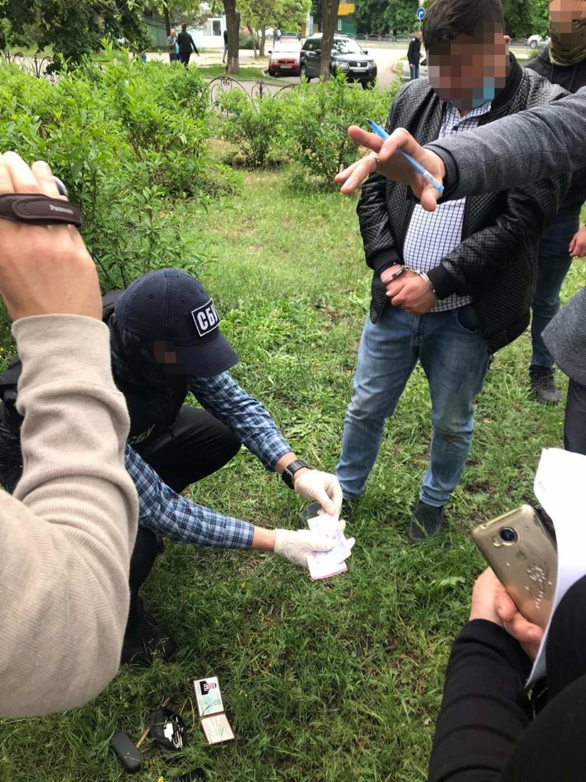 СБУ затримали чергового посадовця за вимогу хабаря від бердянських рибаків, фото-2