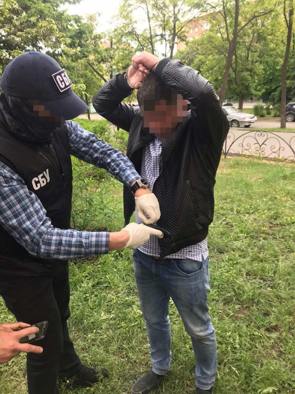 СБУ затримали чергового посадовця за вимогу хабаря від бердянських рибаків, фото-3