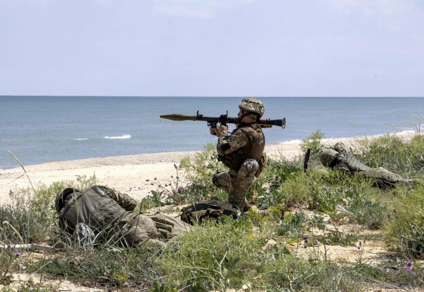 На берегу Азовського моря морпіхи проходили навчання, фото-4