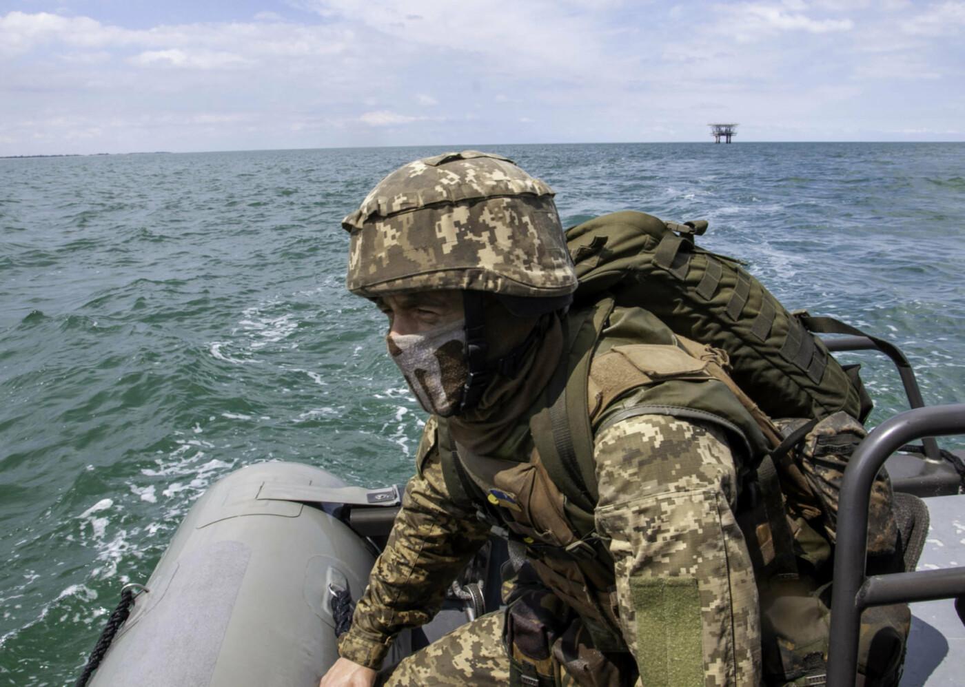 На берегу Азовського моря морпіхи проходили навчання, фото-7
