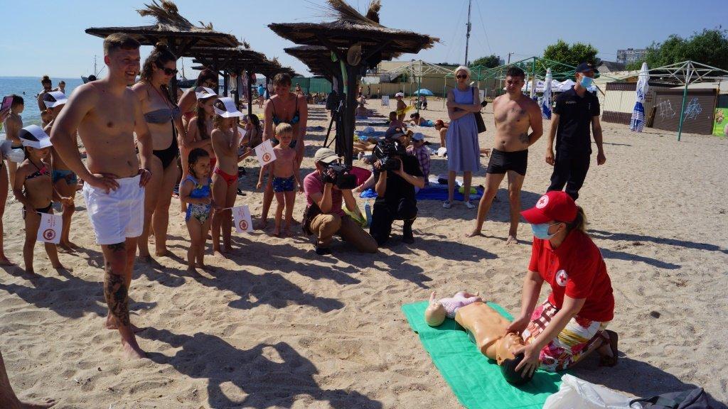 Отдыхающим Бердянска рассказали правила безопасности на воде , фото-4
