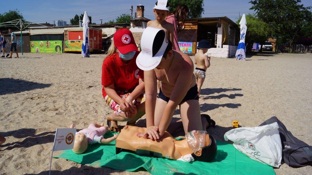 Отдыхающим Бердянска рассказали правила безопасности на воде , фото-8