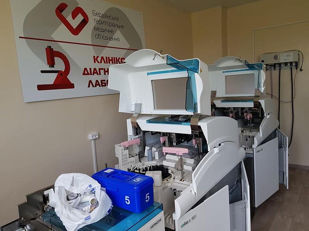 В Бердянском медицинском объединении заканчивается реконструкция терапевтического корпуса, фото-5