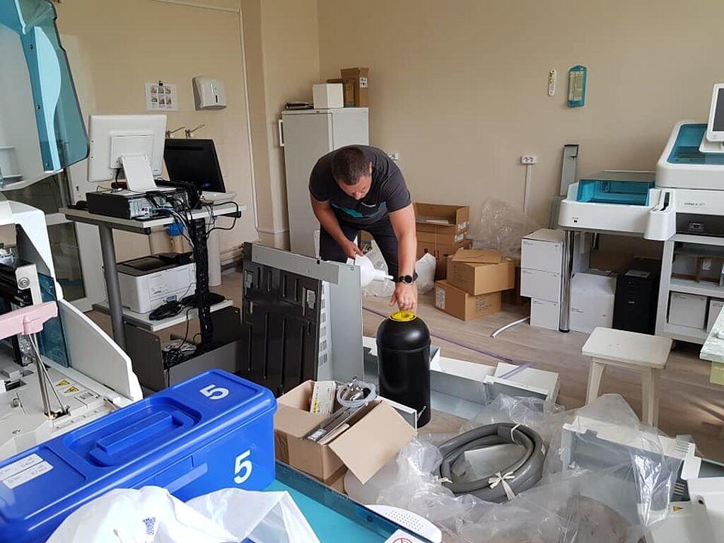 В Бердянском медицинском объединении заканчивается реконструкция терапевтического корпуса, фото-6