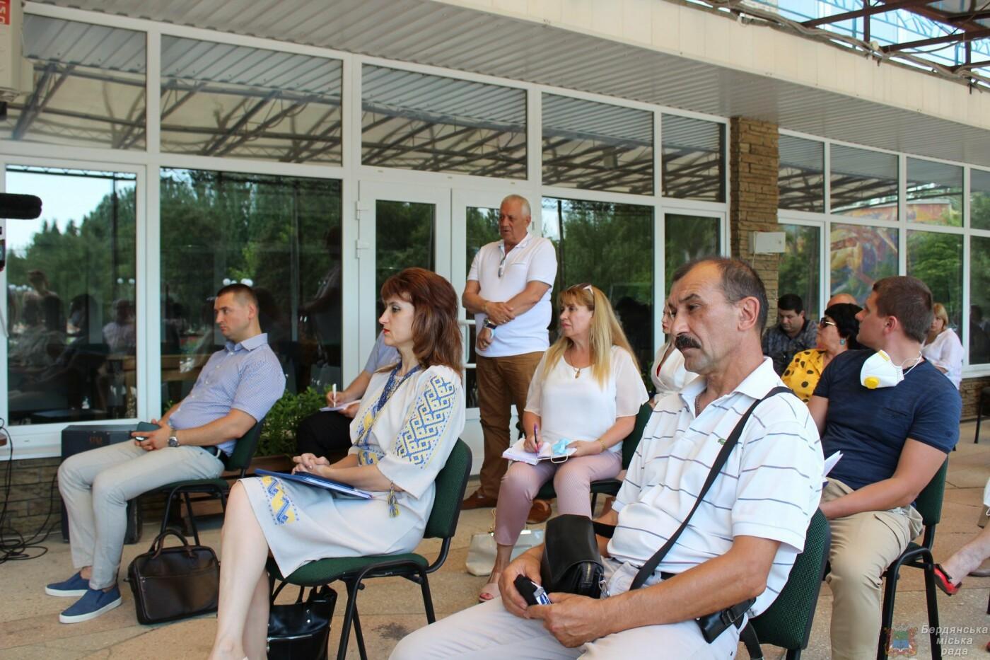 Глава Запорожской ОГА посетил Бердянск, фото-10