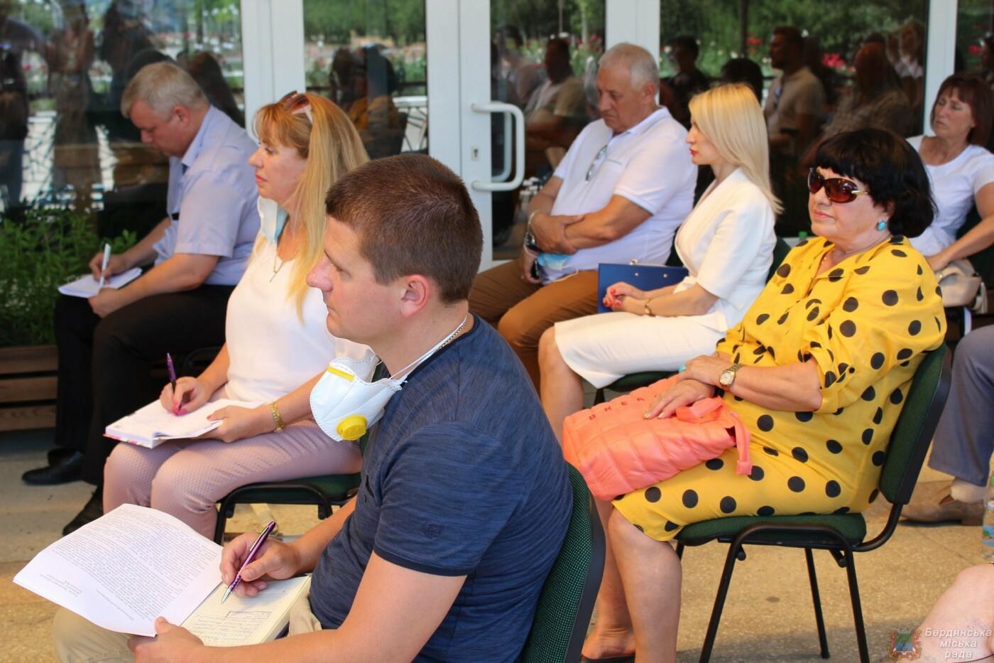 Глава Запорожской ОГА посетил Бердянск, фото-7