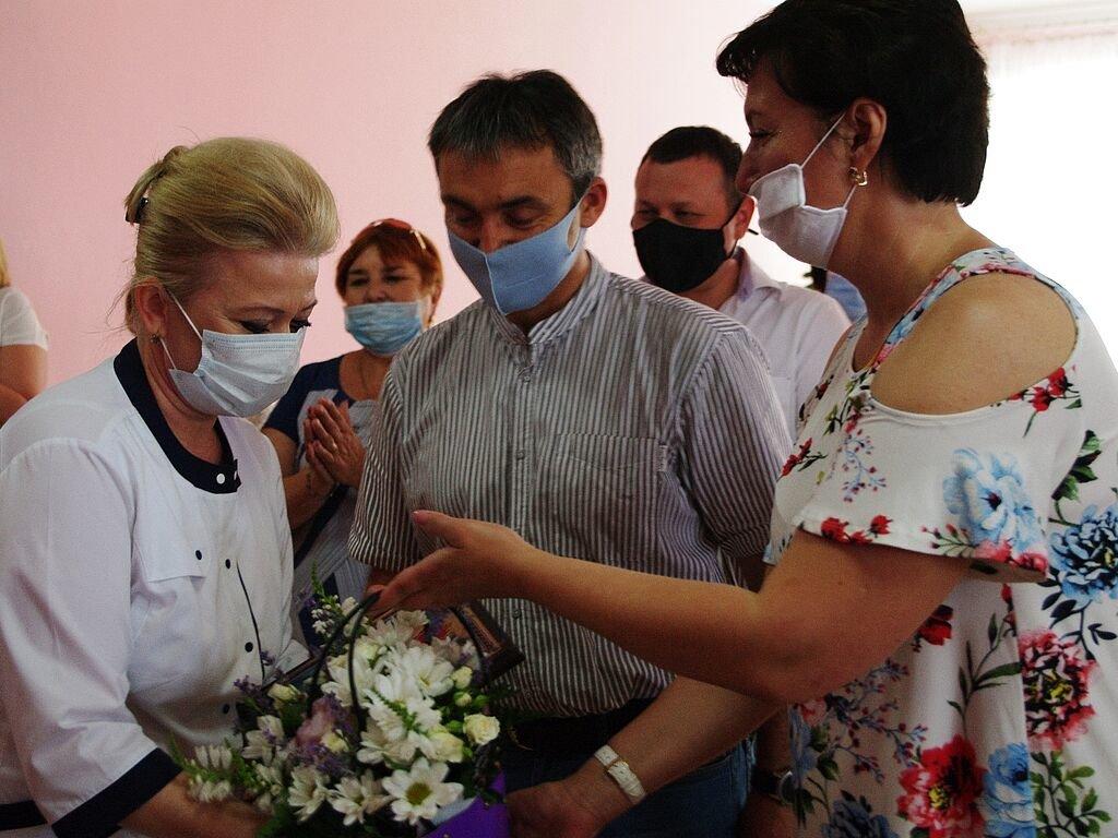 Бердянские медики получили почетные награды от главы ОГА, фото-6