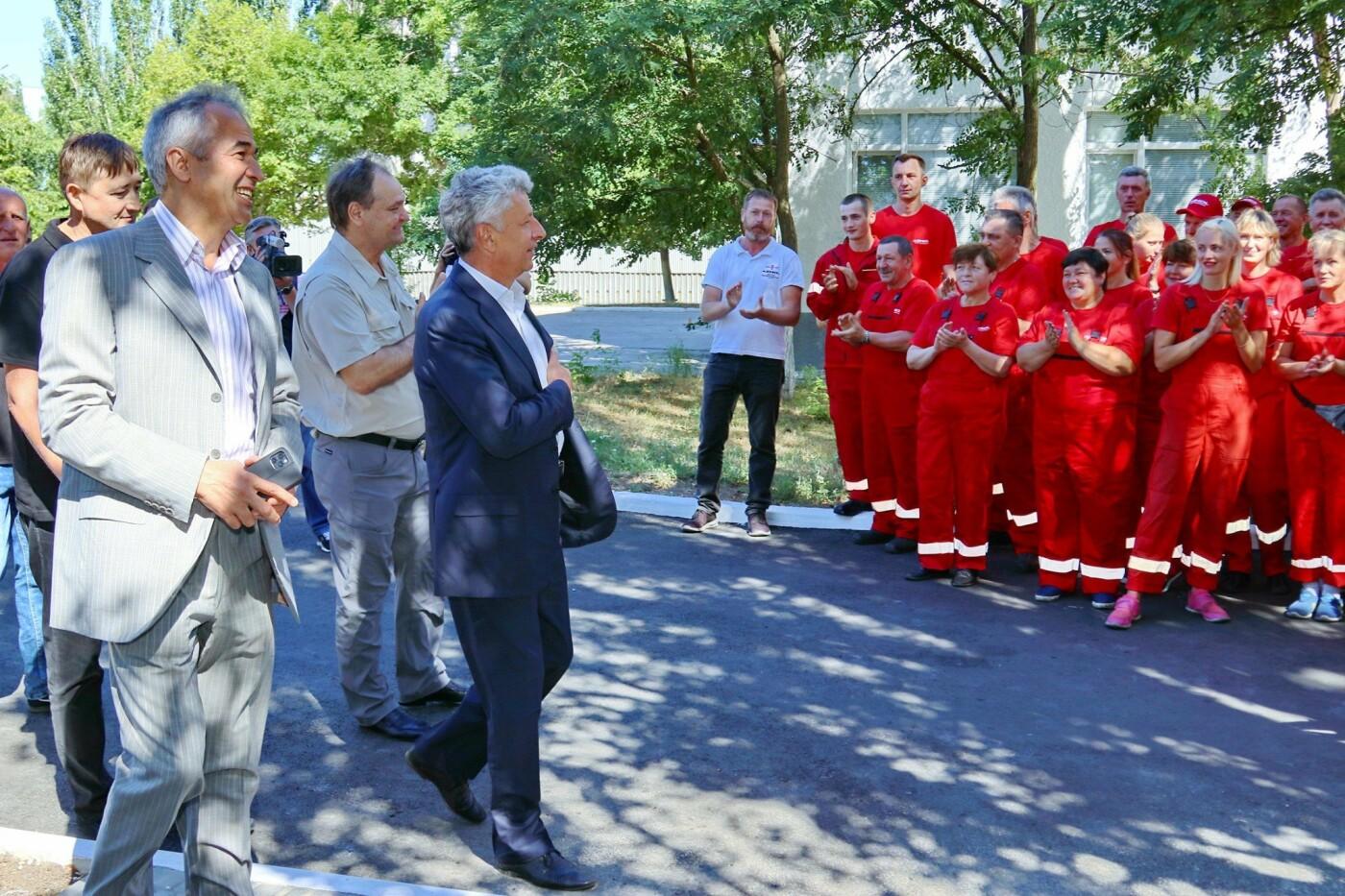 Народные депутаты посетили Бердянское предприятие AZMOL-BP, фото-2