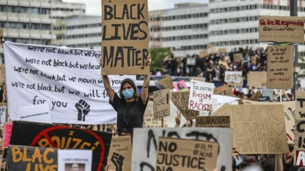 Акции протеста и митинги охватили множество стран, фото-2