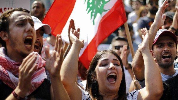 Акции протеста и митинги охватили множество стран, фото-8