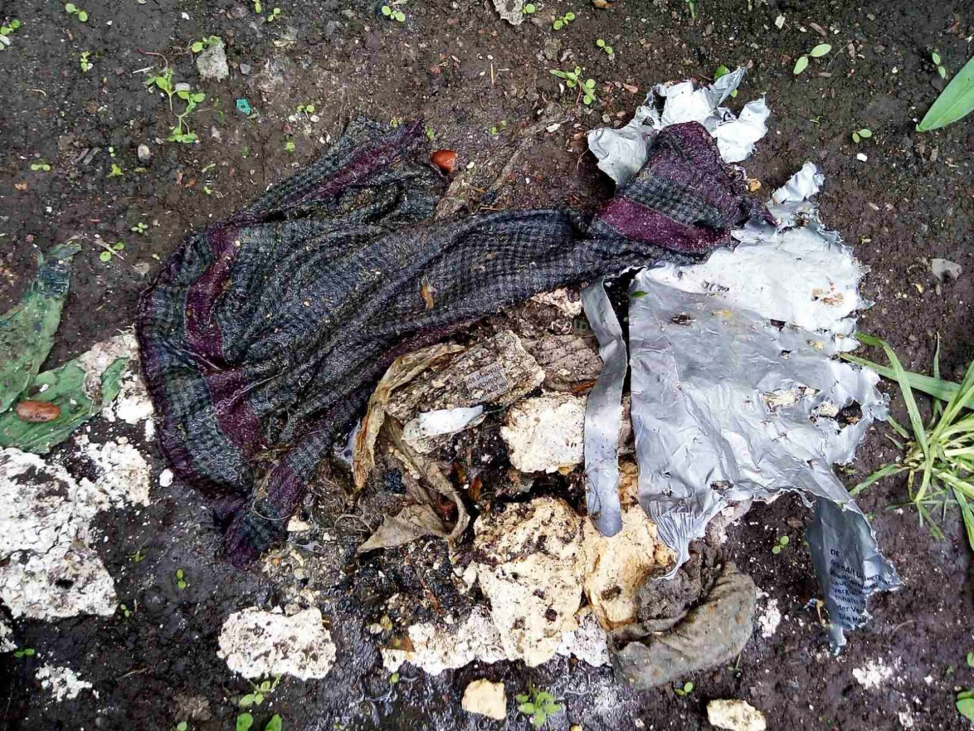 «Бердянскводоканал» просит граждан не выбрасывать мусор в систему водоотведения
