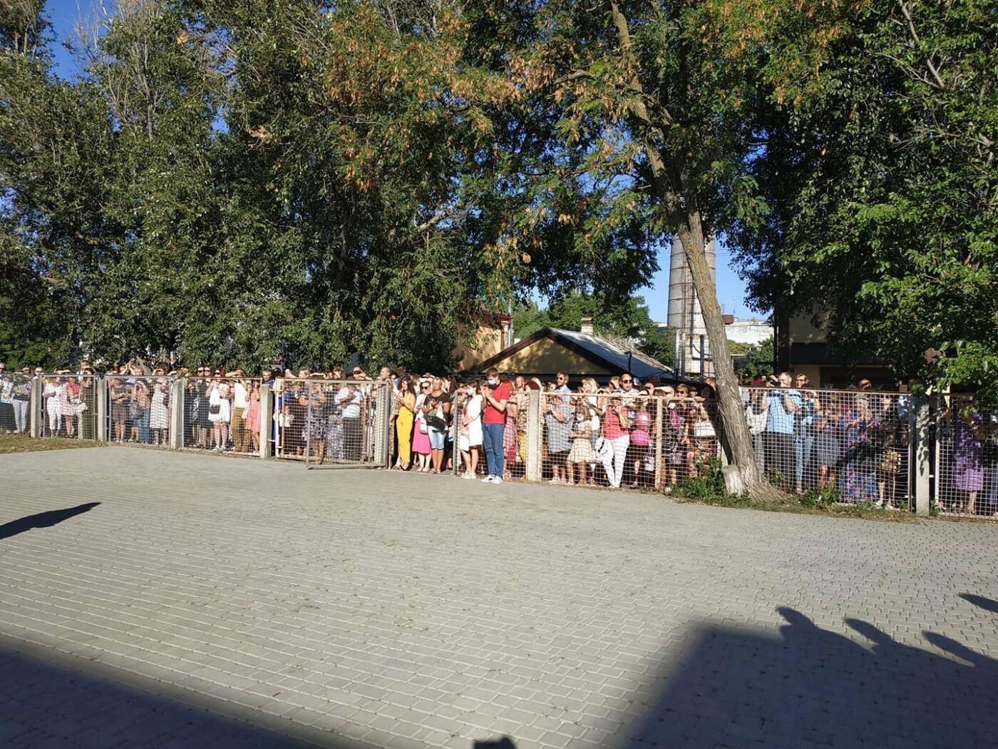 Первое сентября в Бердянске прошло со своими нюансами, фото-1, Руслан Ницевич