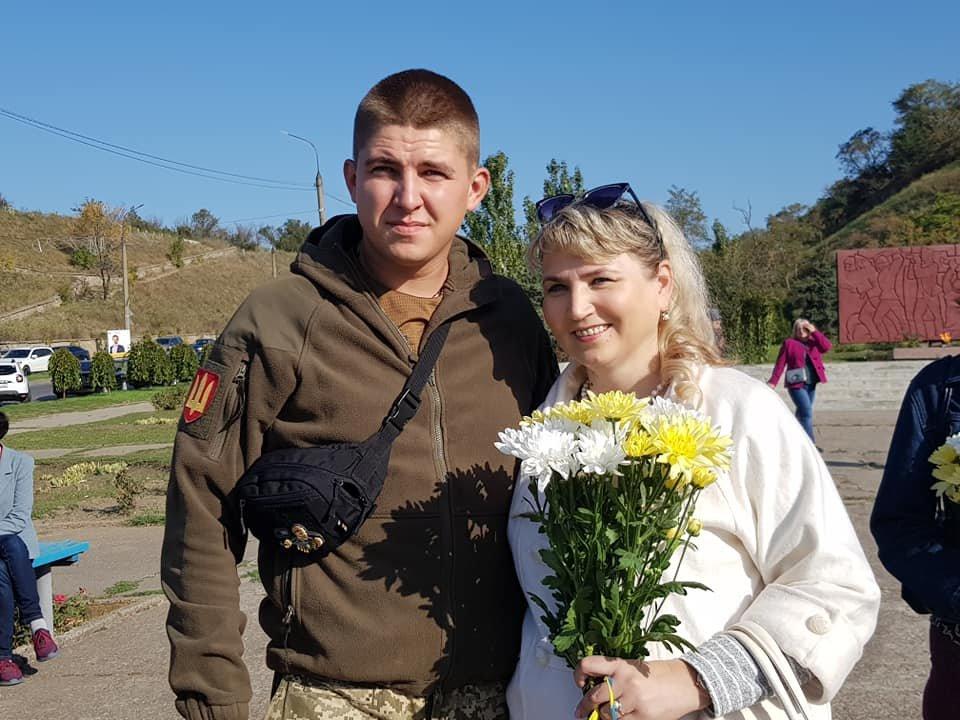 В Бердянске открыли Памятный знак защитникам, погибшим за целостность Украины, фото-1