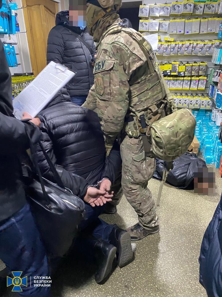 В Запорожье СБУ блокировала деятельность известной в регионе этнической организованной преступной группировки, фото-2