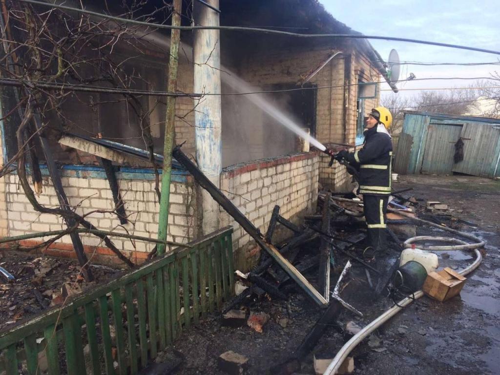 В Приморске спасатели ликвидировали пожар в частном доме, фото-4